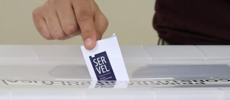 Servel presentó cédula electoral del Plebiscito Nacional 2020